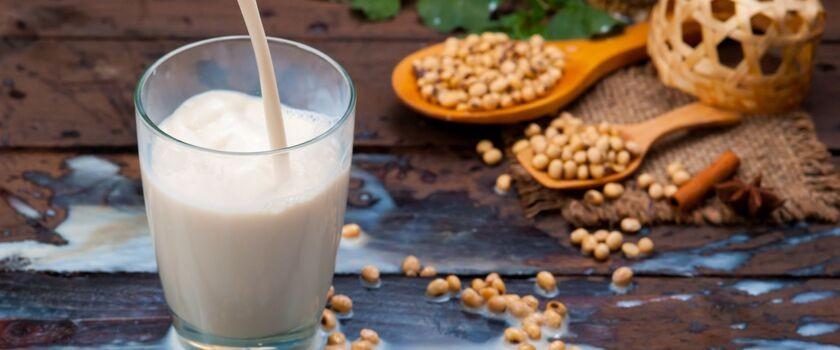 Mleka roślinne – zdrowsza alternatywa?