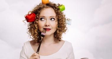 Dieta na wypadanie włosów – co jeść, aby włosy przestały wypadać?