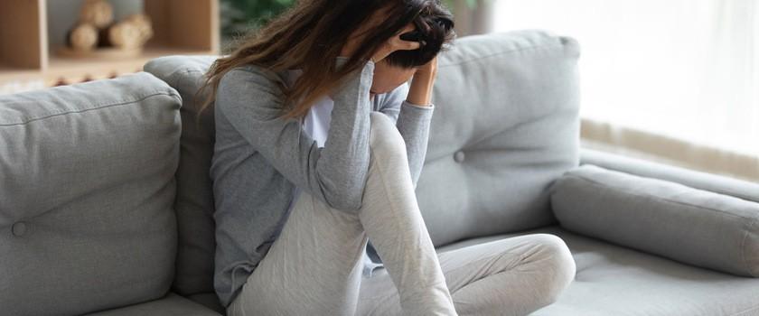 Fibromialgia (FMS) – jakie mogą być przyczyny tej przewlekłej choroby? Jak wygląda jej leczenie?