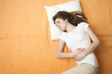 PMS (zespół napięcia przedmiesiączkowego) – jak sobie z nim radzić?