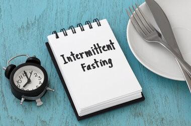 Przerywany post (Intermittent Fasting) wpływa na poprawę neurogenezy i pamięci długoterminowej