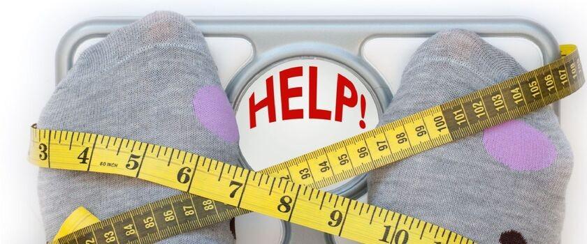 Ćwiczę 4 do 5 dni w tygodniu po 2 godziny i nie chudnę. Czy organizm przyzwyczaja się do ćwiczeń? Czy mam z nich zrezygnować na jakiś czas?
