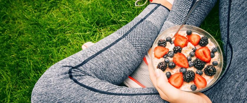 Dieta biegacza – najważniejsze zasady. Przykładowy jadłospis dla biegaczy