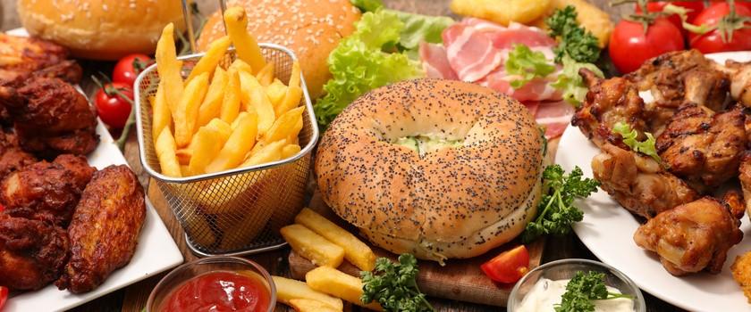 Śmieciowe jedzenie może powodować bezpłodność