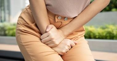 Zespół pęcherza nadreaktywnego (OAB) – przyczyny, objawy, leczenie