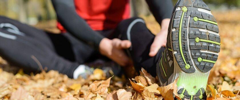 Ostatnio w trakcie treningów często łapią mnie kurcze mięśni. Jak sobie z tym radzić?