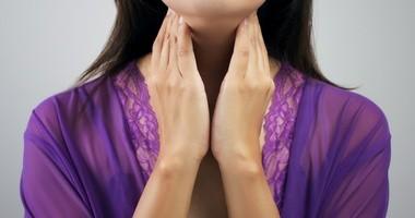 Suchość skóry w chorobach tarczycy – postępowanie pielęgnacyjne