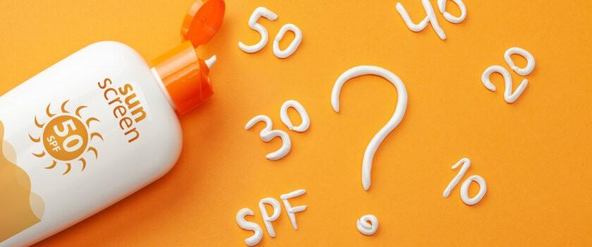 SPF i PPD – co określają te współczynniki? Jak prawidłowo stosować kremy z filtrami przeciwsłonecznymi?