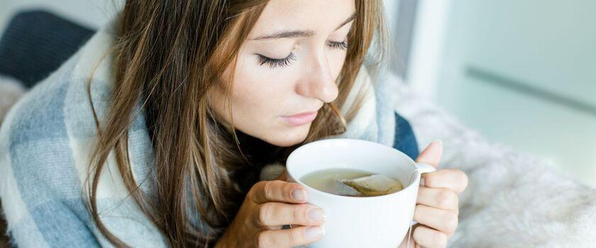 8 przepisów na aromatyczną herbatę