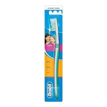 Oral-B 3 Effect, manualna szczoteczka, rozmiar 40, średnia, 1 szt.